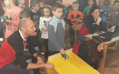 Bili smo na tekmovanju elastoplovov in gravitomobilov.