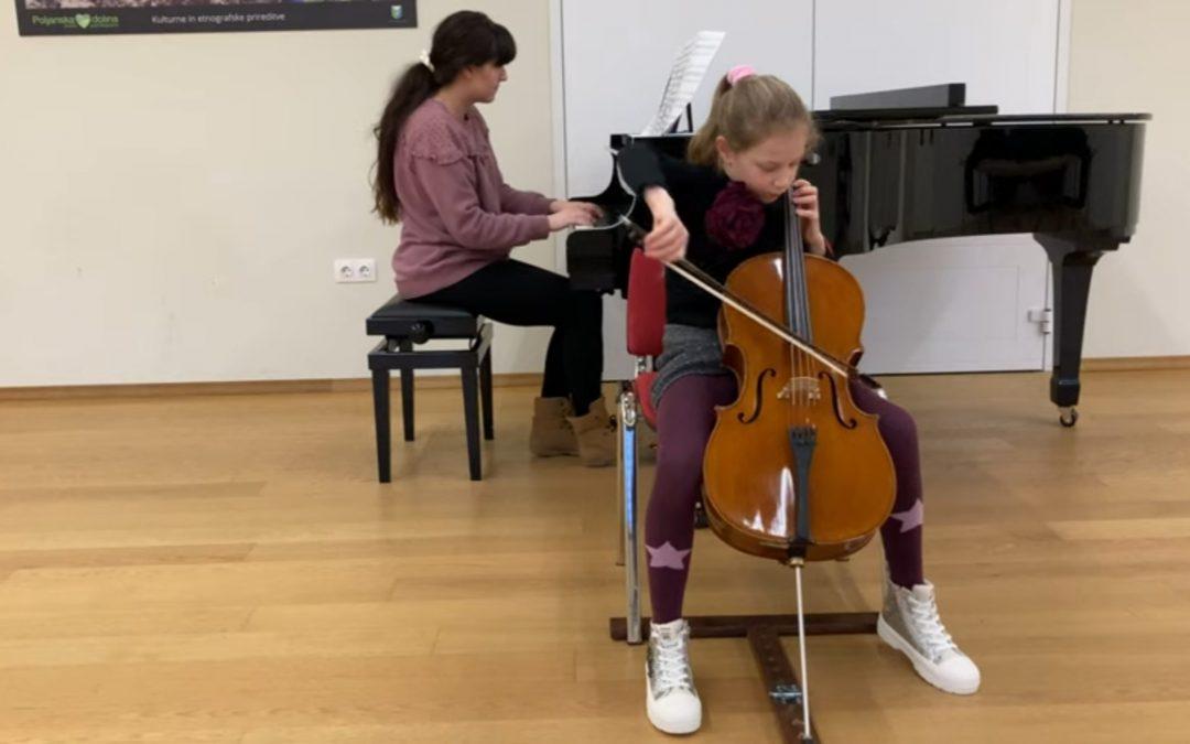 Uspeh mlade violončelistke Ave