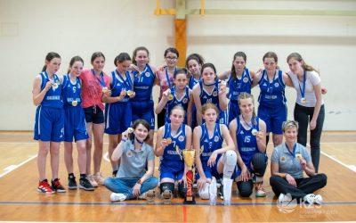Mlajše deklice klubske državne prvakinje v košarki